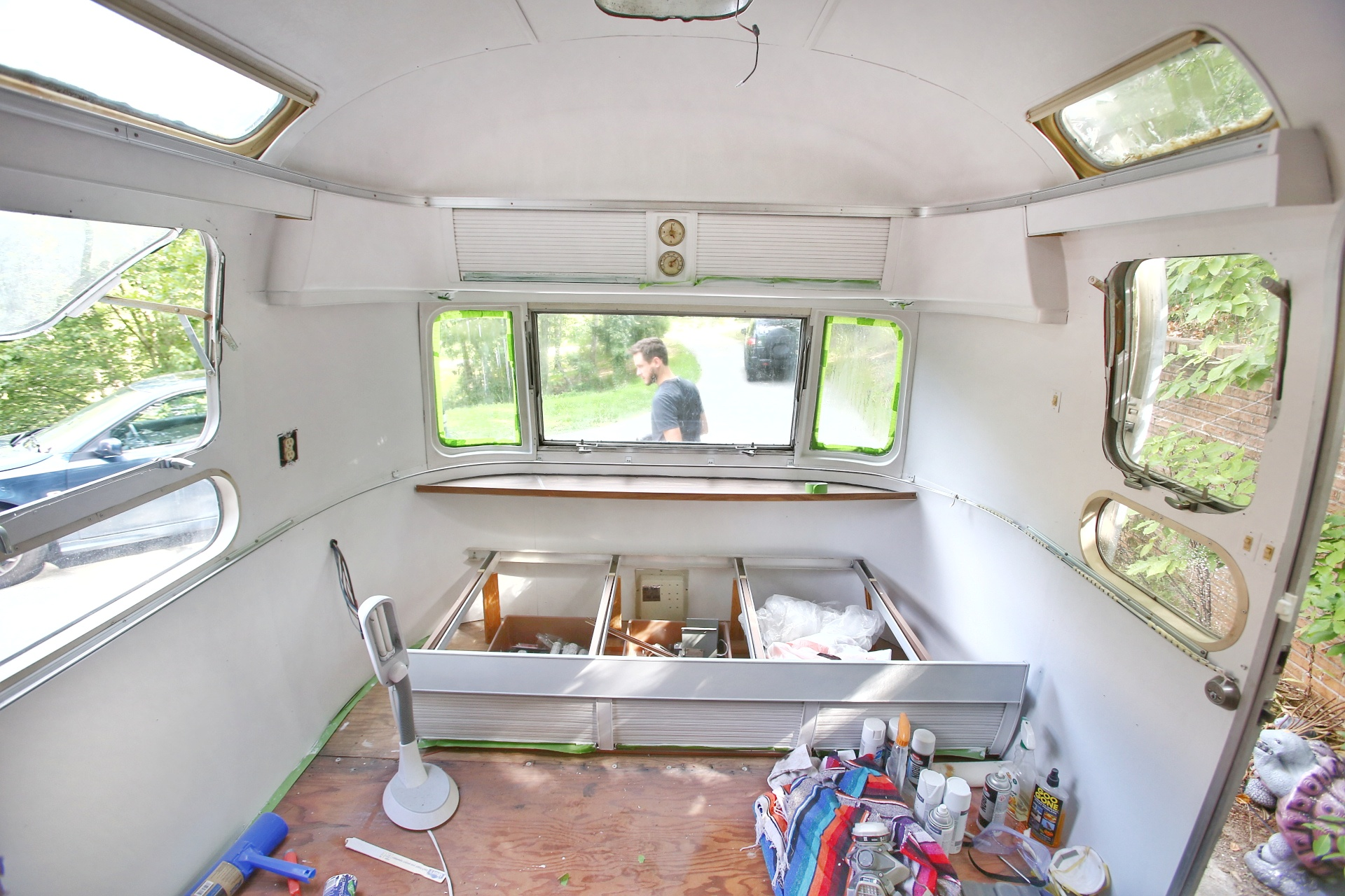 Painting the Interior of a Vintage Airstream | Mavis the